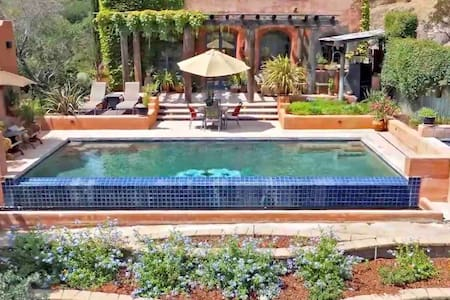 Wine Country Luxury Retreat & Private wine tasting