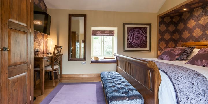 The Hayloft Suite