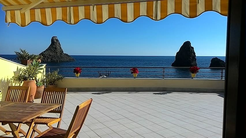 Dream House - Aci Trezza - Catania