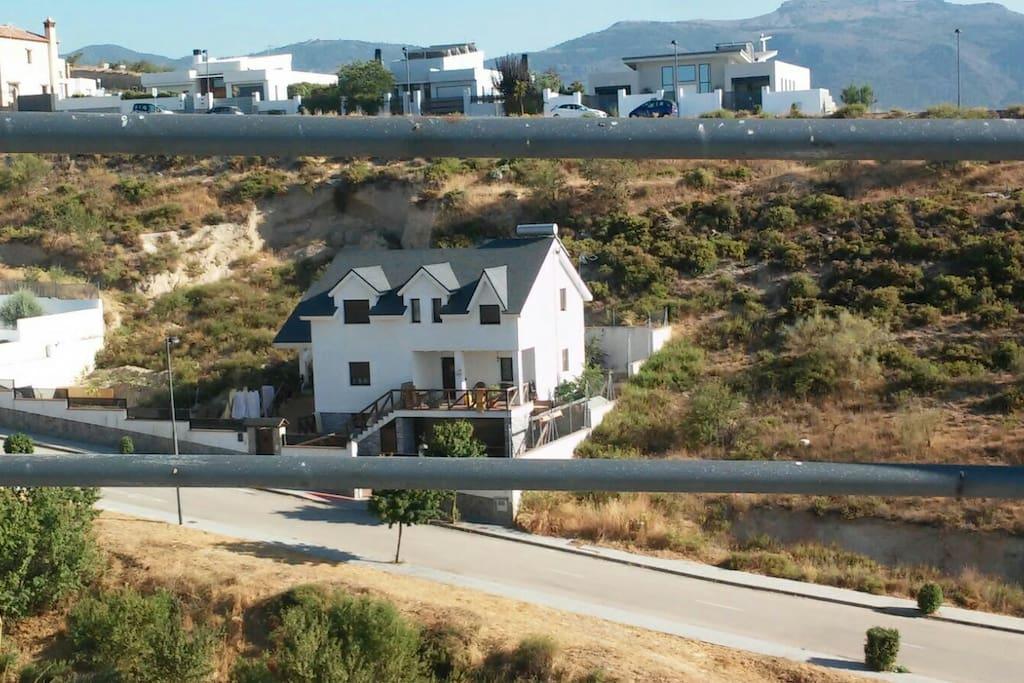 Naturaleza y relax habitaciones casa compartida for Casa relax granada