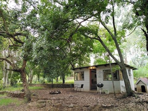 Tegwaan Country Getaway – The Acorn (Tiny House)