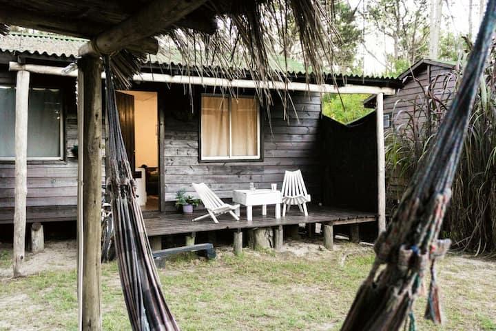 2 cabañas en La Serena cerca playa WiFi, AC, Cable