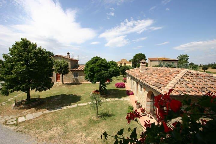 Casa Lucia, Cortona - Mencaglia - Huis
