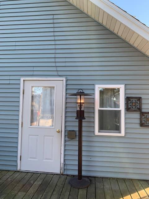 Quaint Retreat -Easy to Lambeau, Oshkosh, Door Cty