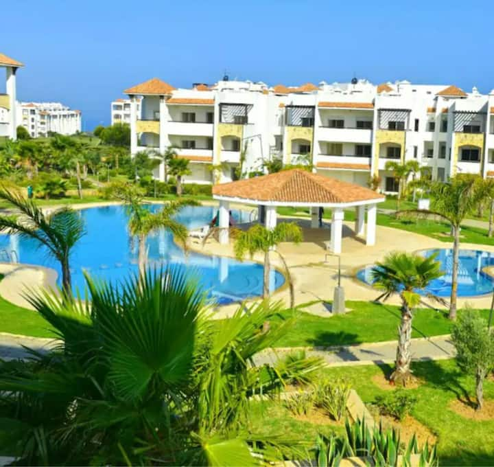 Belle appartement a marina golf asilah