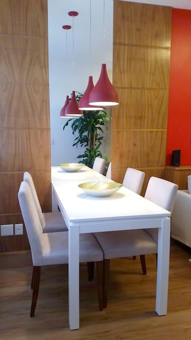 Mesa para refeições - Dinner Table