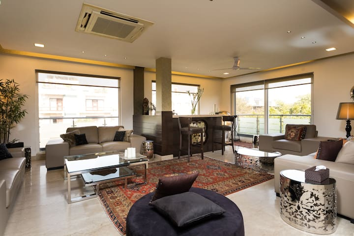 GREEN PARK PENTHOUSE 4 ROOMS 8 GUESTS