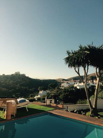 Villa Mamamia - Mountainview & Beach - มิจาส - วิลล่า