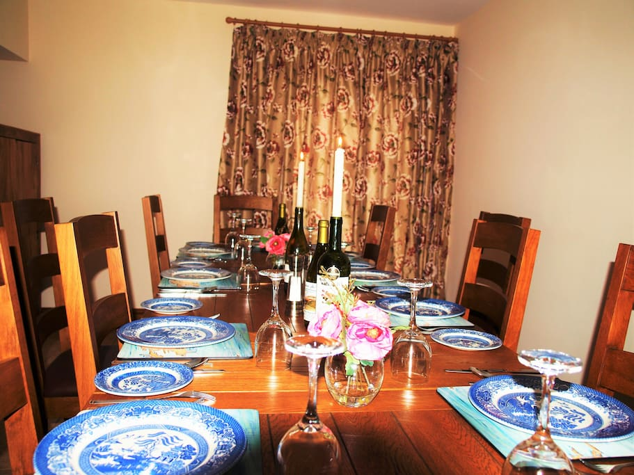Dining room seats up to 18