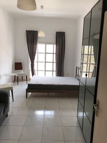Room to rent in Jumeira beach road