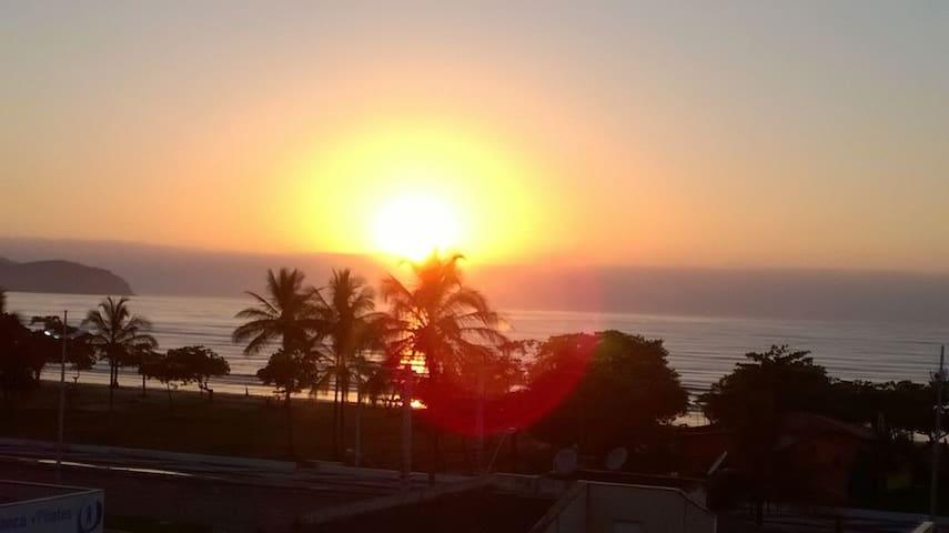 Caraguá - em frente à praia  com a melhor vista! - Caraguatatuba - Apartment