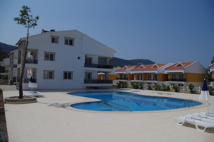 2 bedroom apartment with pool - Akbük - Apartemen
