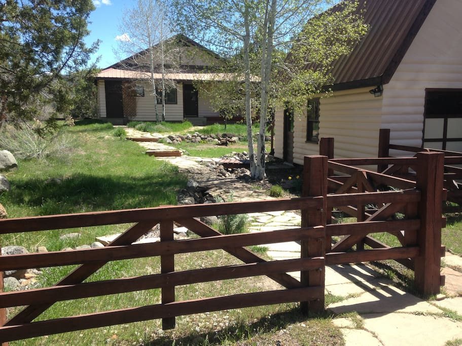Colorado Mountain secluded retreat with two bedroom house, a garage with a kids' loft, and stunning views of the Western Colorado mountains.  Nearest neighbors are 1/3 mile away.