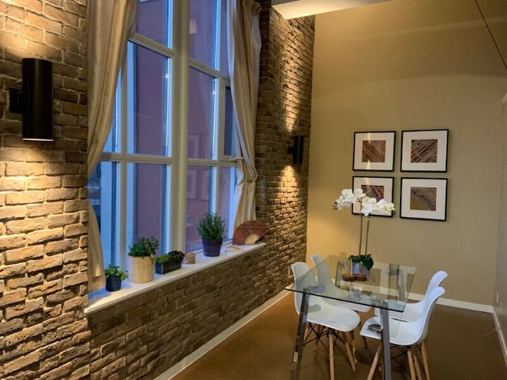 ⚡ Stylish Loft ⚡ in the Tech Core of Kitchener