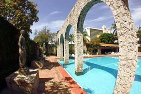 El Cid Granada Country Club