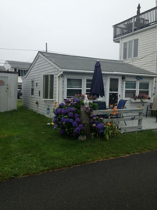 1bed 1bath cottage in breakwater village houses for for Rhode island bath house