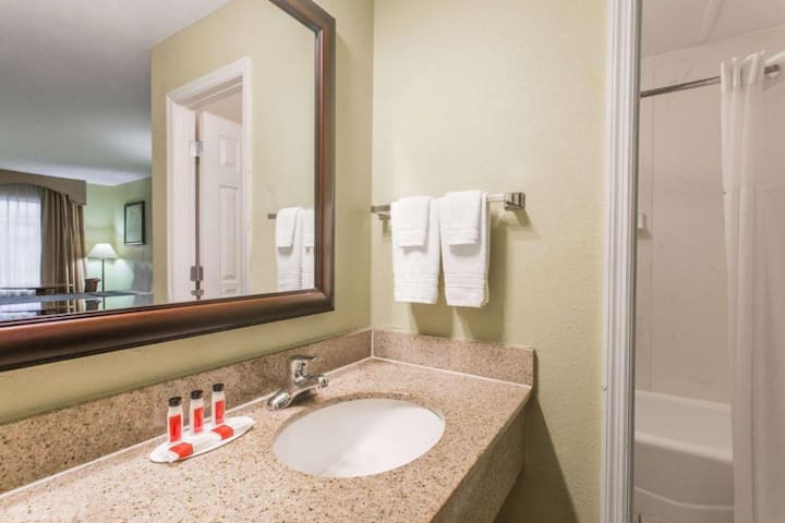 Extended Stay Ormond Beach - 2 Beds Nonsmoking Sleeps (4)