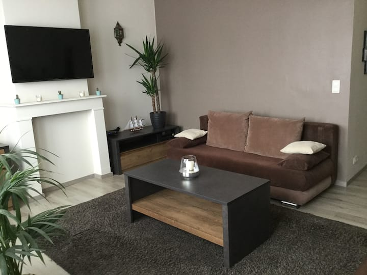 Cosy Apartment, Well Conected