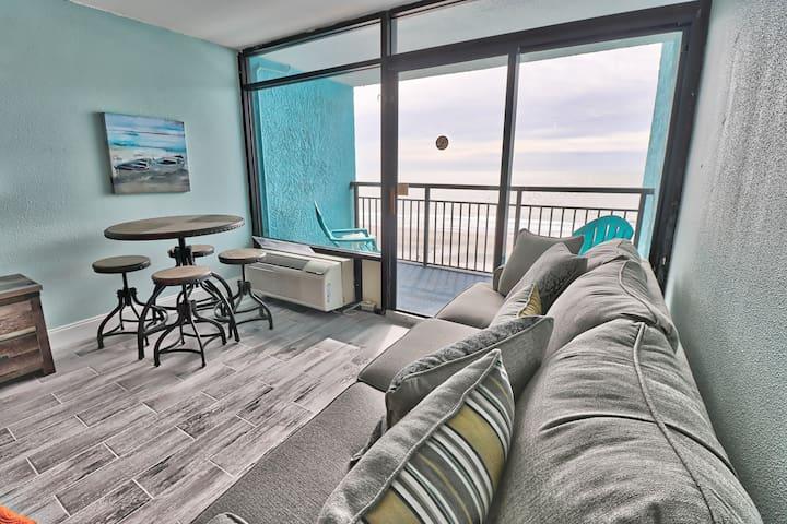 Oceanfront Landmark Resort - 6th Floor