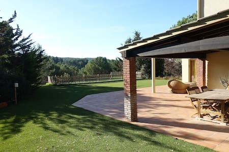 Large Villa at 35 min from Barcelona