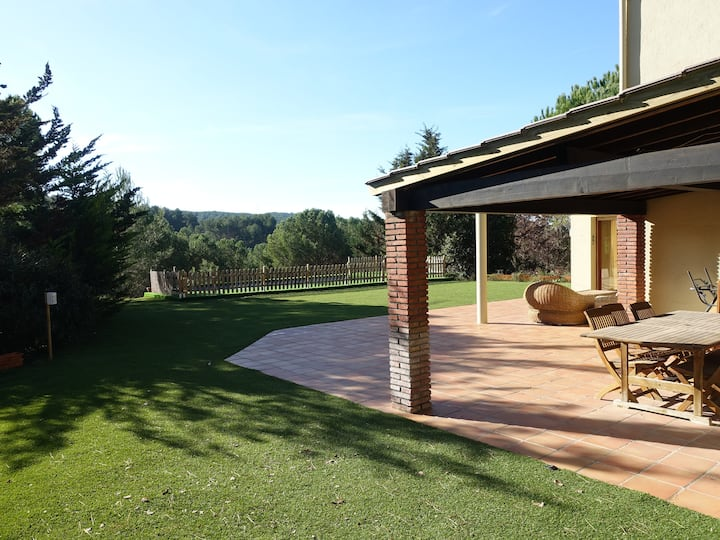 Large Villa at 35 min from Barcelona