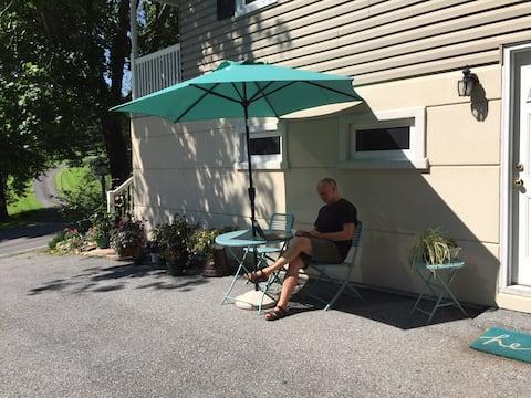 Convenient Peaceful Retreat in Historic Boonsboro