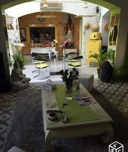 Maison de maître avec piscine et barbecue - Bessan - Pis