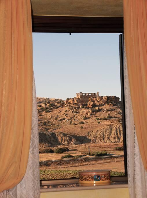 Vista panoramica dalla camera sulla Valle dei templi, Tempio di Giunone