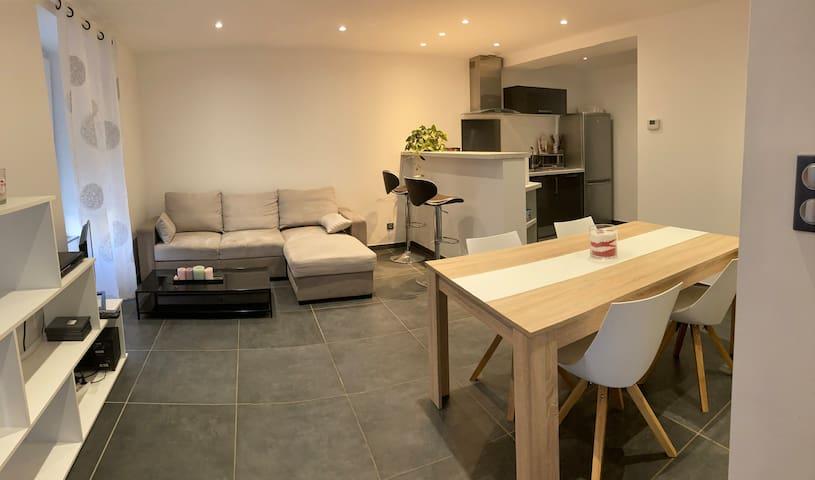 Appartement au cœur de Rougemont le château