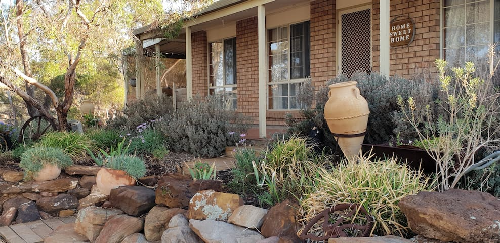 🌟4 bdrms, wifi, A/C, bbq & near the Murray River