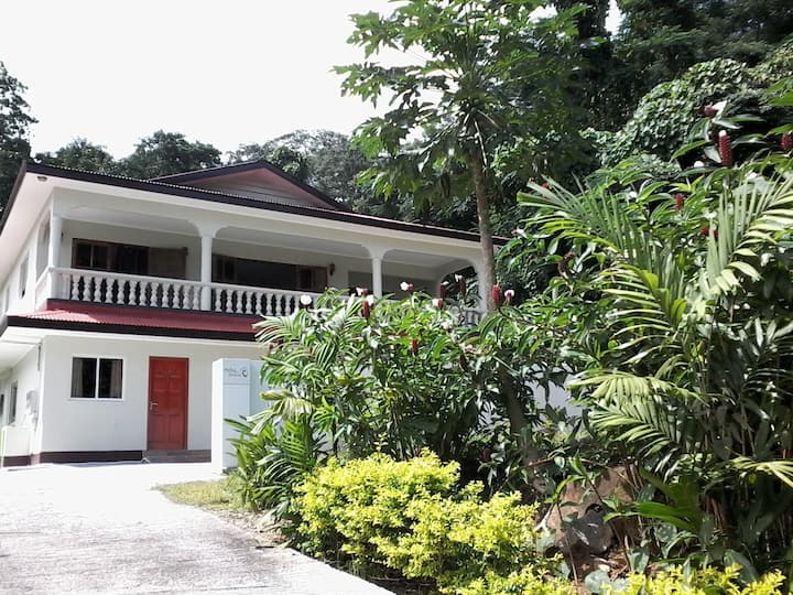 Precious Residence C Self Catering, Barbarons Mahe