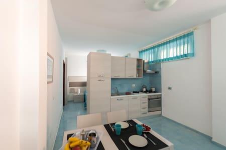 ELISA A MARE - PALMAROLA STUDIO - Minturno - Apartament