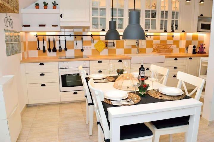 cocina - comedor // Dinningroom- kitchen