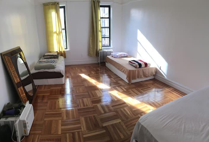 Queens - Queens - Apartment