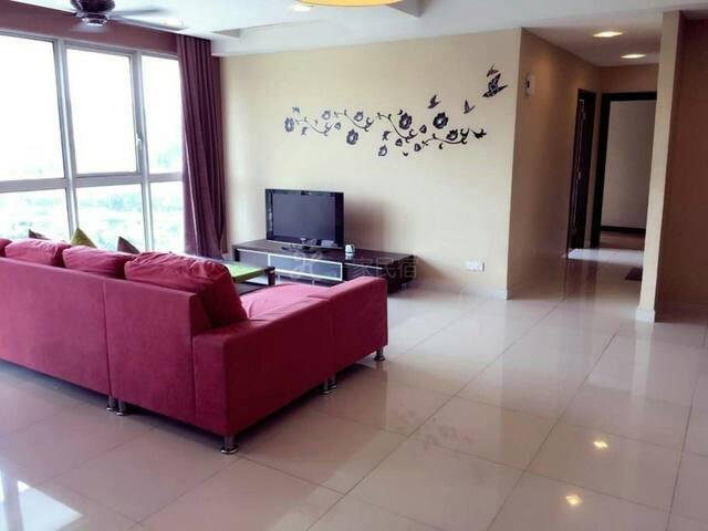 屋子布置也以暖色调为主 - 淮安市 - House