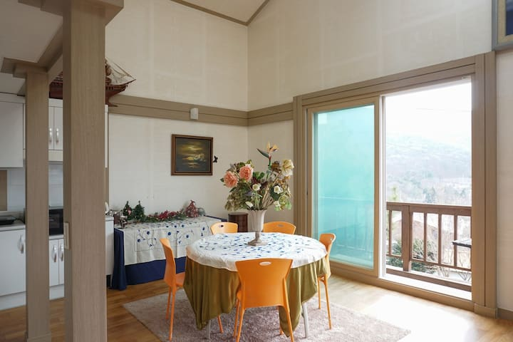 Mountain view family home 35mins drive from Seoul! - Hagui-dong, Uiwang-si - Villa