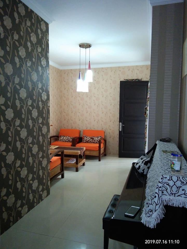 Cozy villa in elite complex, back to nature.