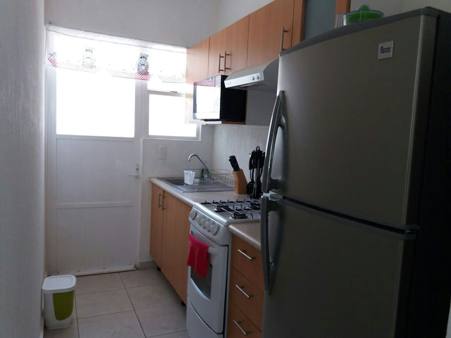 Full kitchen available for guests