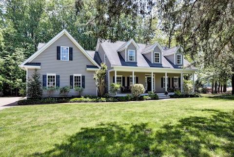 Gorgeous home on private acreage