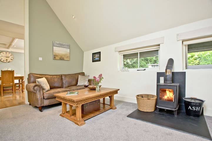Pypard Cottage, West Charleton Grange  -  Swimming pool, games room and play area