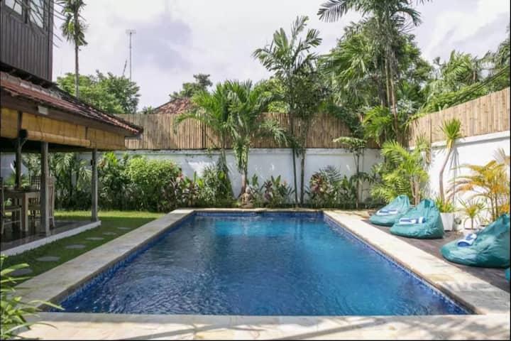 2BR villa with massive pool in heart of Seminyak