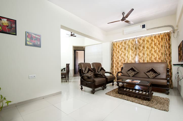 AC room with Private External washroom at Powai