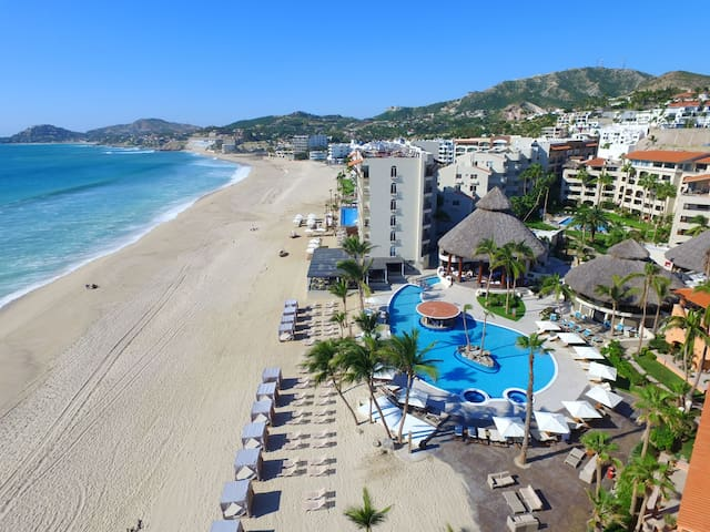 Cabo Jerry Condos! Your dreamed Cabo Vacation