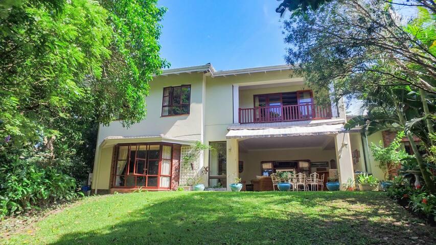 Selborne P1 Golf Estate Home