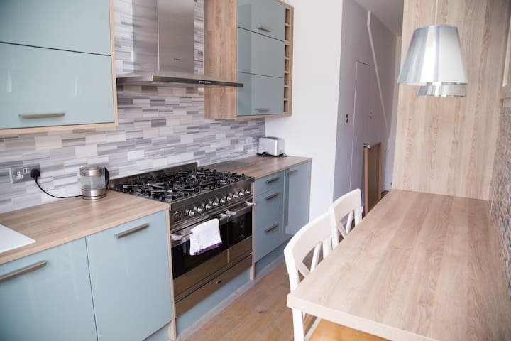Cosy apartment in the heart of Little Venice