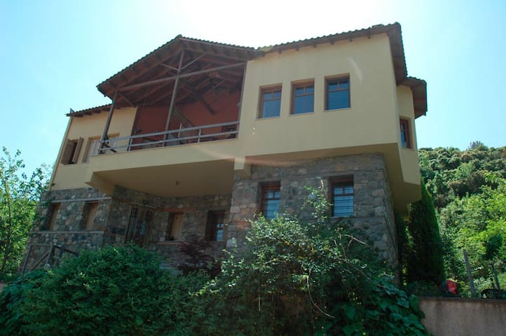 Private House with View in Stavro - Paralia Stavros - 別荘