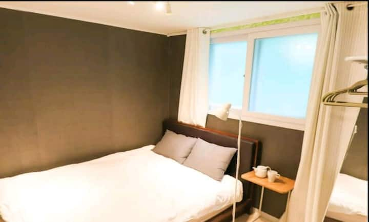 자가격리#D#Hongdae#Whole house#2Room&2QBed#Min