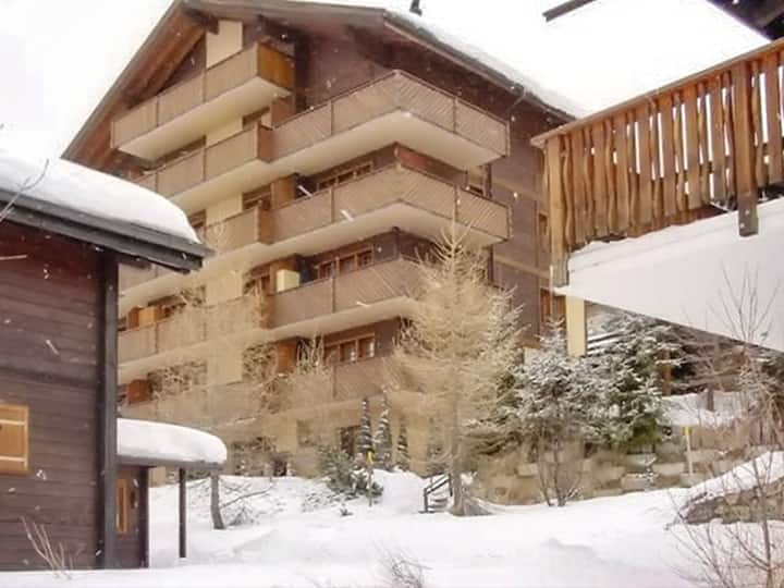 Chalet with 3 bedrooms in Bellwald, with wonderful mountain view, balcony and WiFi