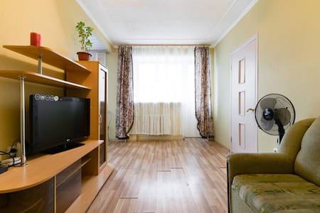 Двухкомнатная квартира в центре города - Kaluga - Lägenhet