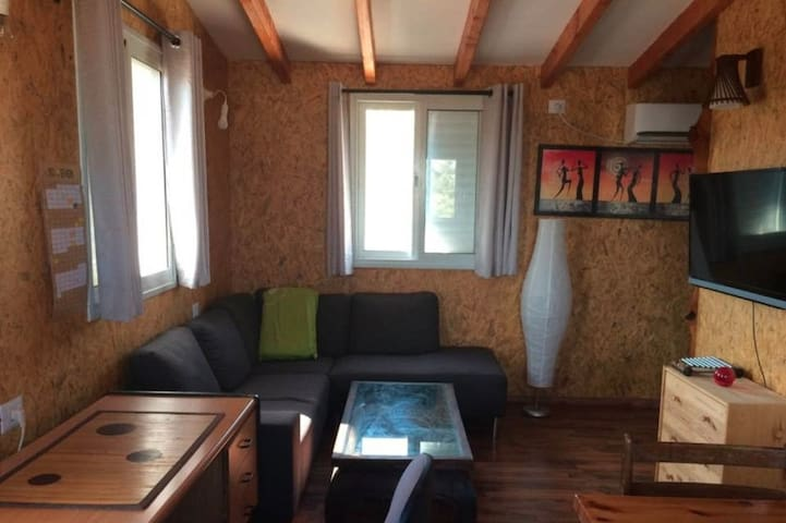 Wood cabin apartment - Zikhron Ya'akov